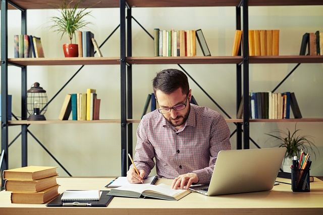 use active reading to become a better writer